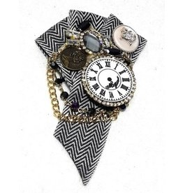 Gothic Steampunk Brooch Clock