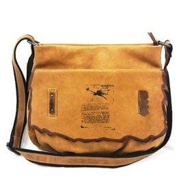 LandLeder Anatomy Leather Shoulderbag 205-24
