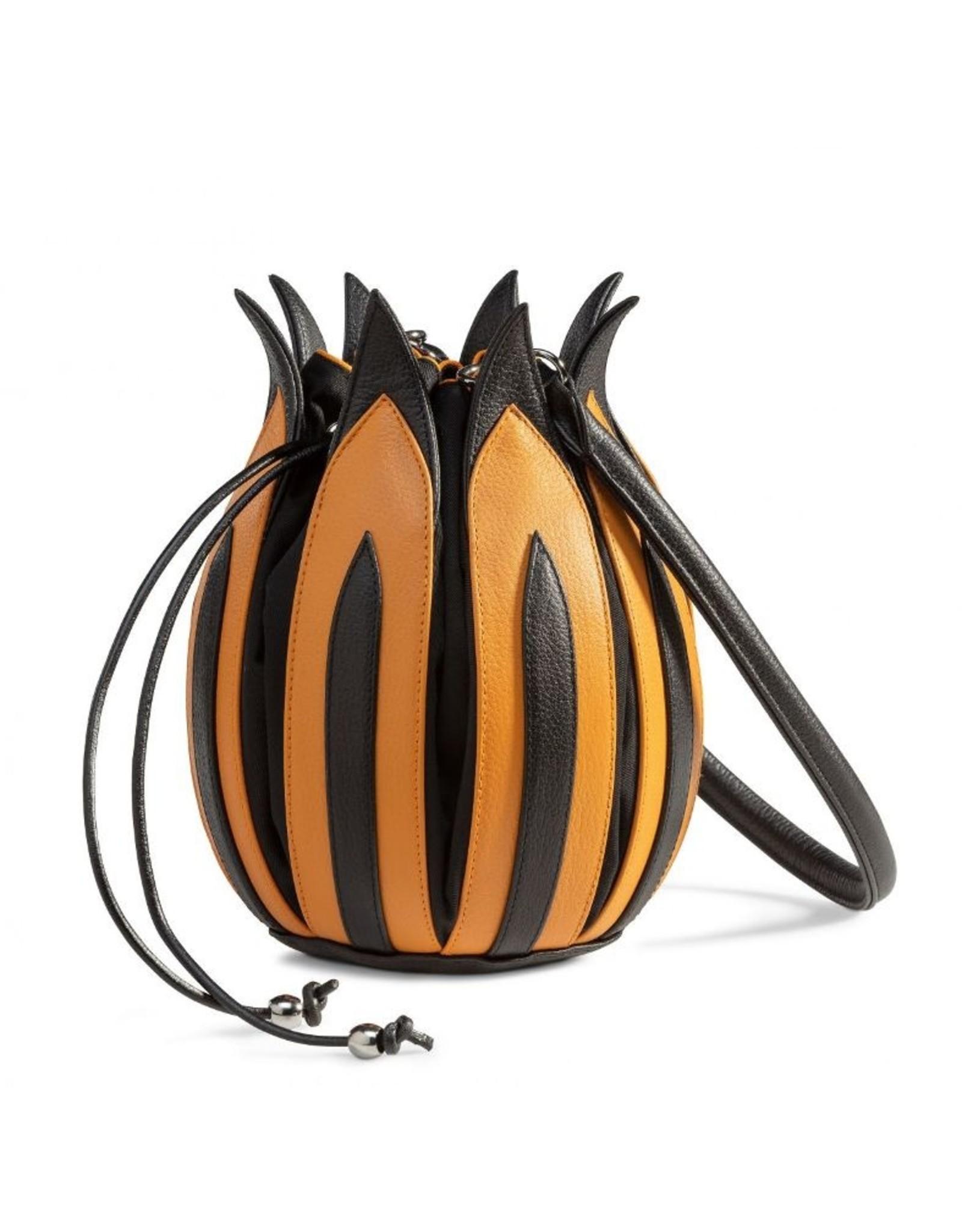 """by-Lin Dutch Design Leren tassen - by-Lin Dutch Design Tulip """"Rembrandt"""" Leren handtas"""