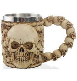 Mug with skulls