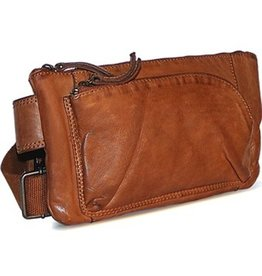 Bear Design Bear Design waist bag from washed leather Bella (cognac)