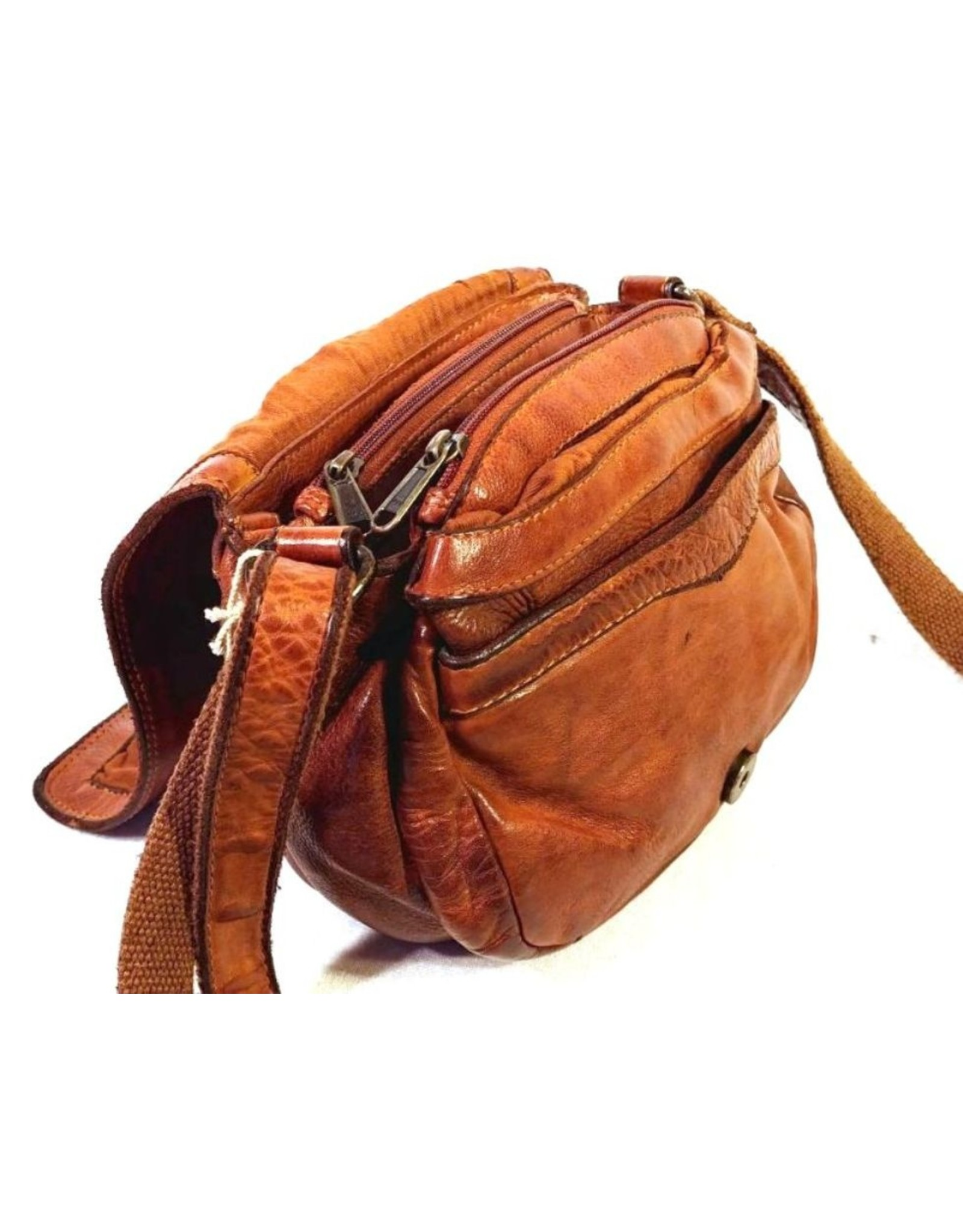 HillBurry Leather bags - HillBurry Leather Shoulder bag with  Cover. Washed Leather Cognac