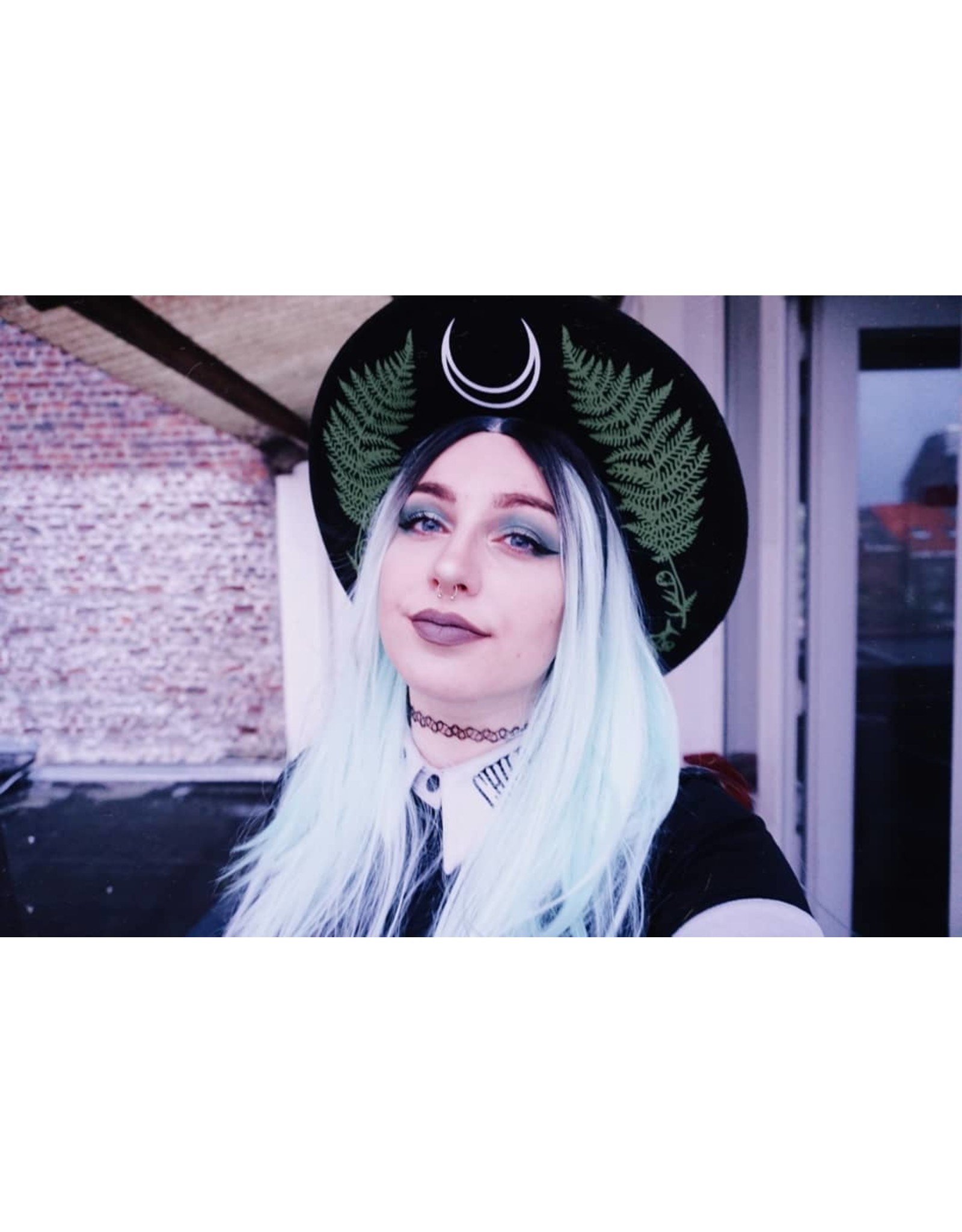 Restyle Gothic en Steampunk accessoires - Hoed met brede rand en Groene Varen, wol - Forest Witch
