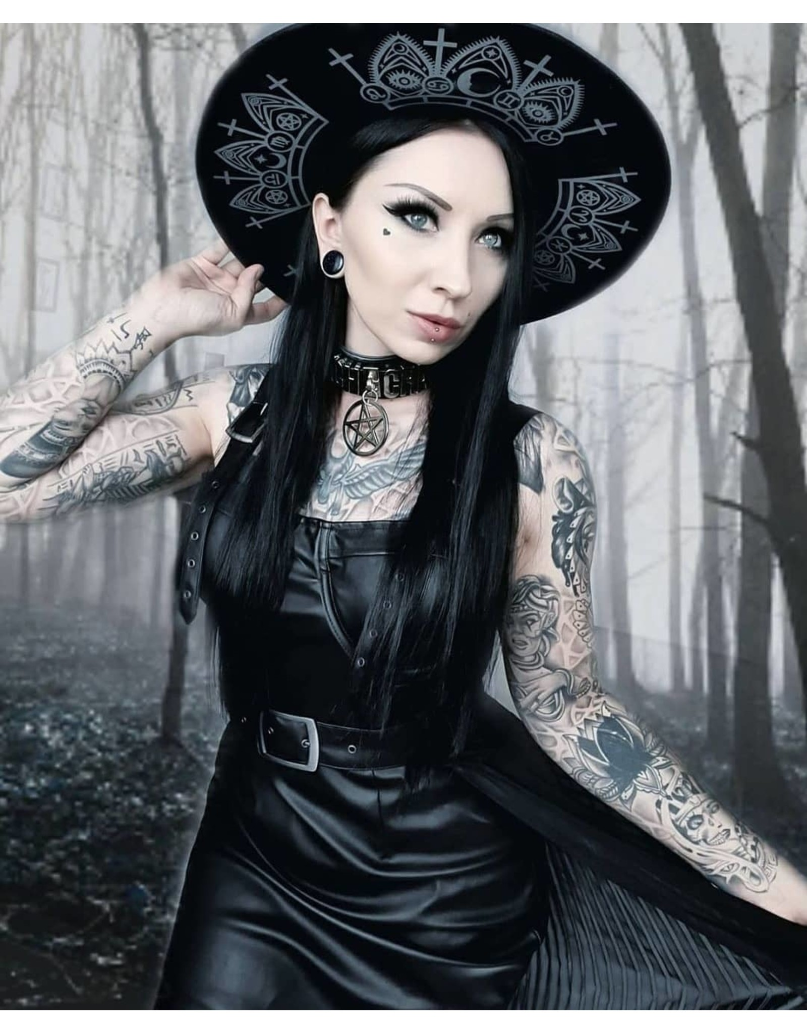 Restyle Gothic and Steampunk accessories - Gothic Hat   with wide brim - Fortune Teller