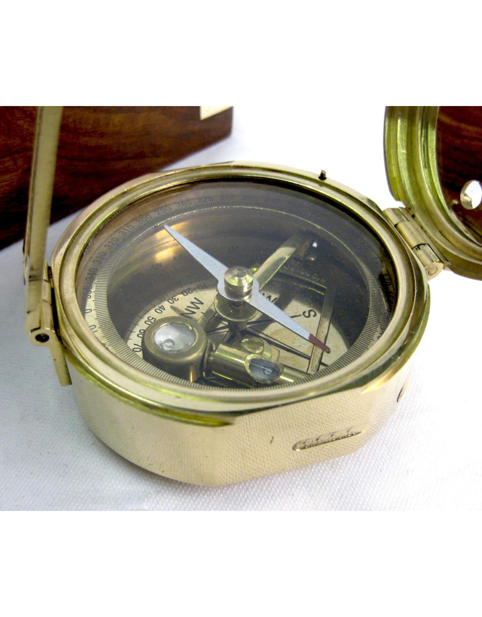 Trukado Giftware and Collectables -  Brunton Compass with level gouge (brass)