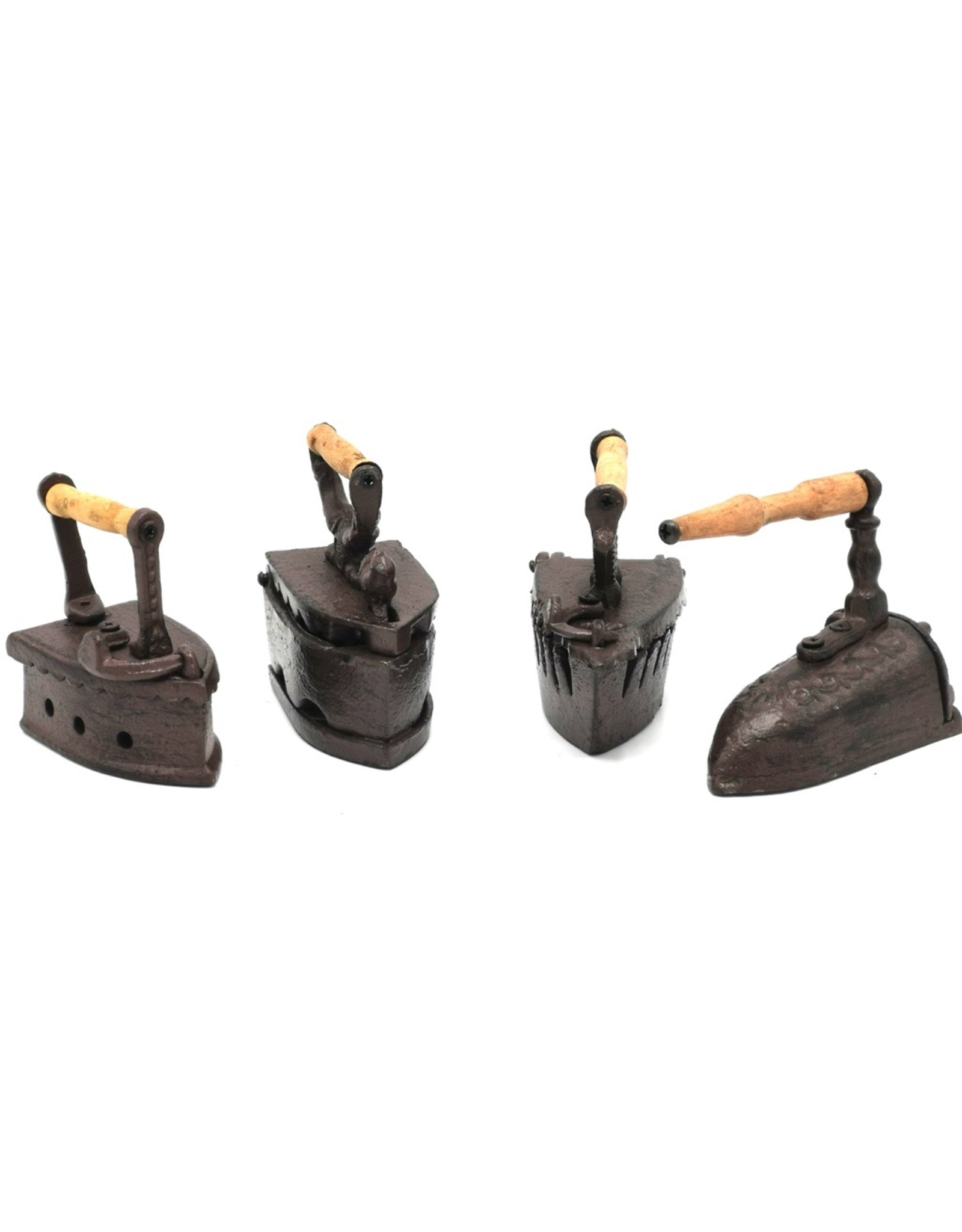 Trukado Miscellaneous - Coal Irons Miniatures set of 4, cast iron