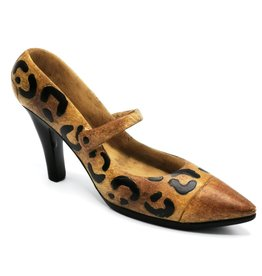 Miniatuur Pump Shoes with animal print decorative figurine