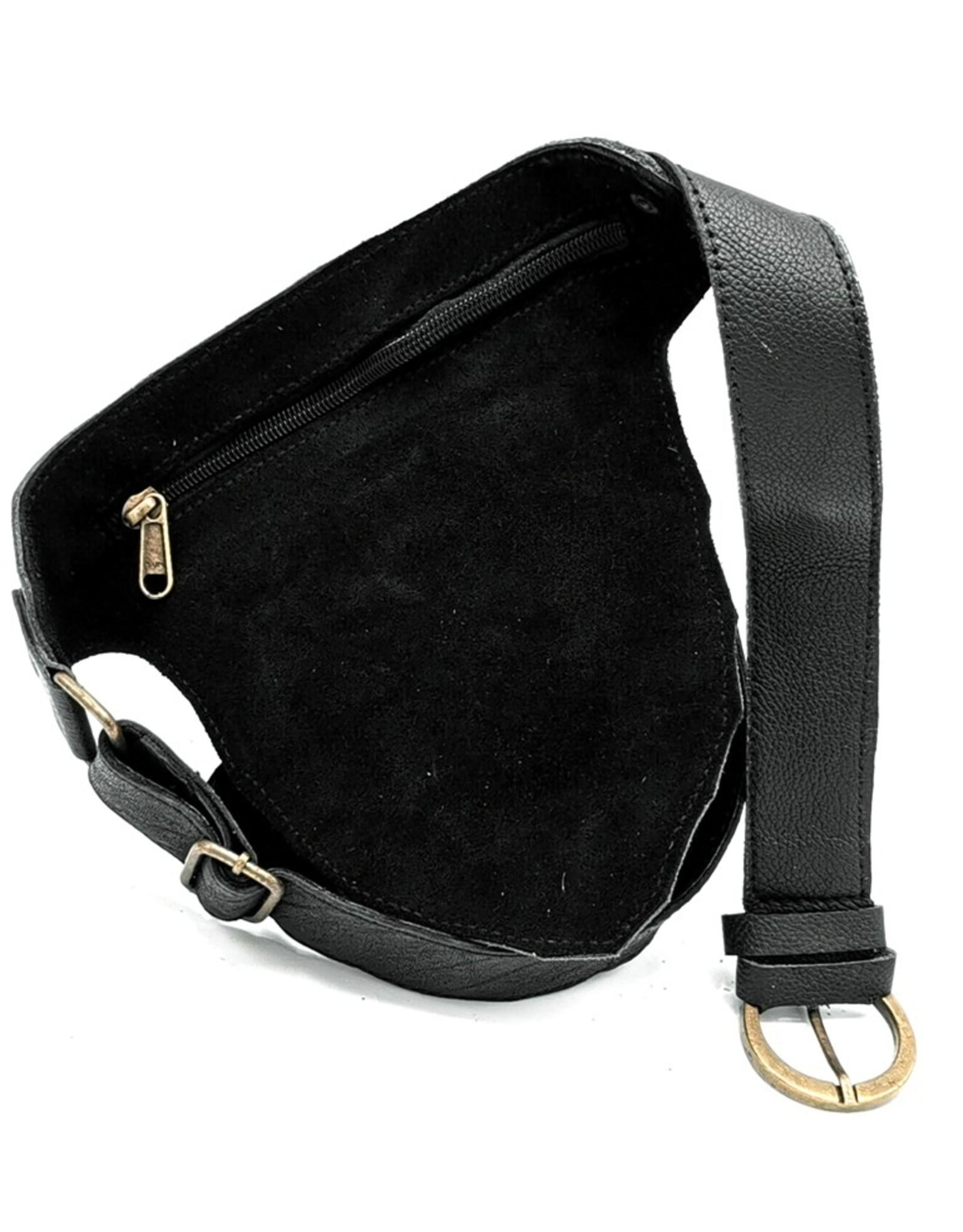 Heuptas-festivaltasje-koeienhuid Leather Festival bags, waist bags and belt bags - Leather waist bag with cowhide (black)