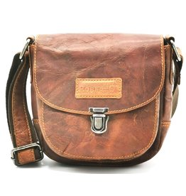 Roberto Leather shoulder bag Roberto with cover and sliding clasp