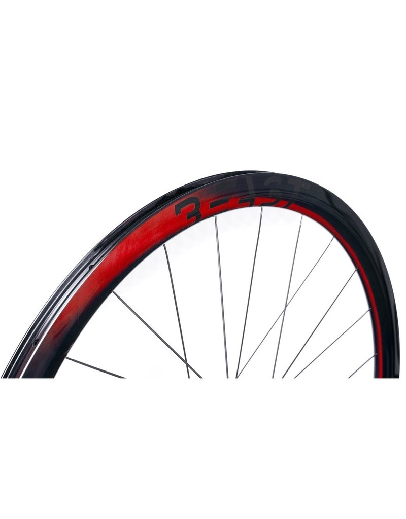 Beast Components  RX40 Carbon Wheelset  UD RED