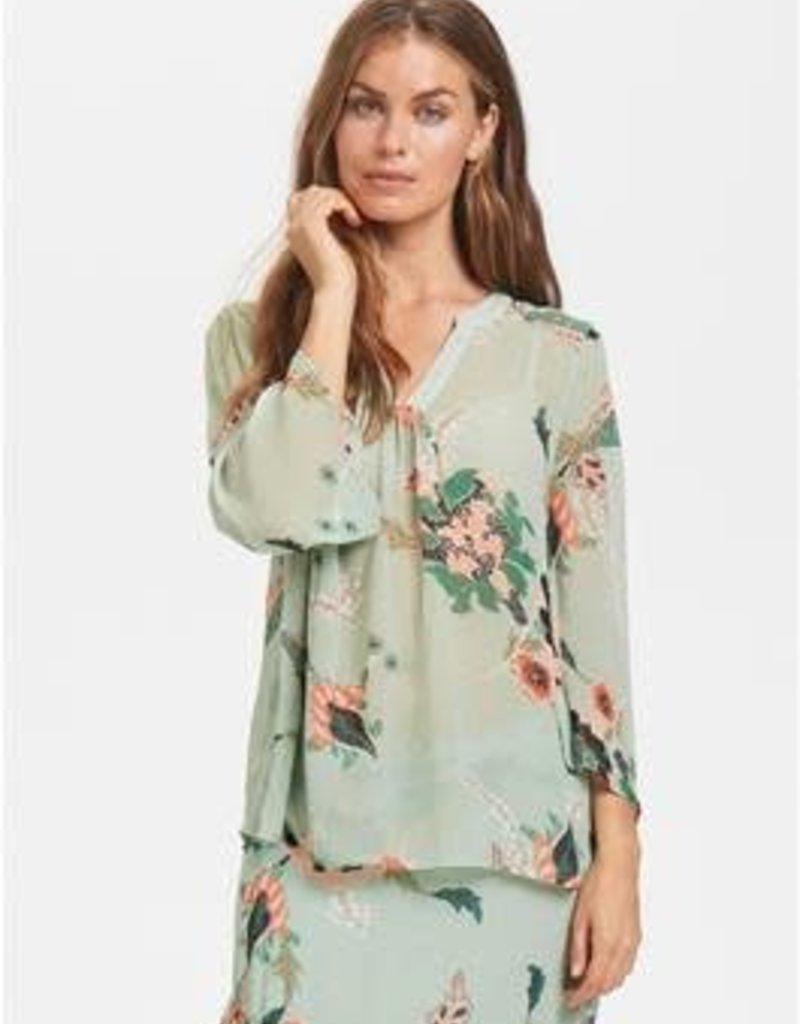 Knoxy Blouse