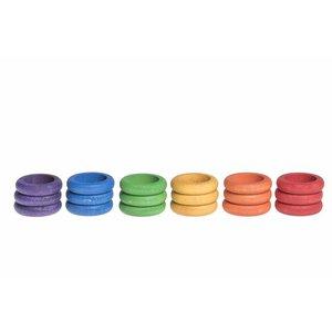 Grapat Grapat Set van 18 houten ringen