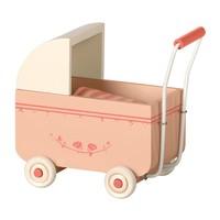 Maileg poppenwagen roze