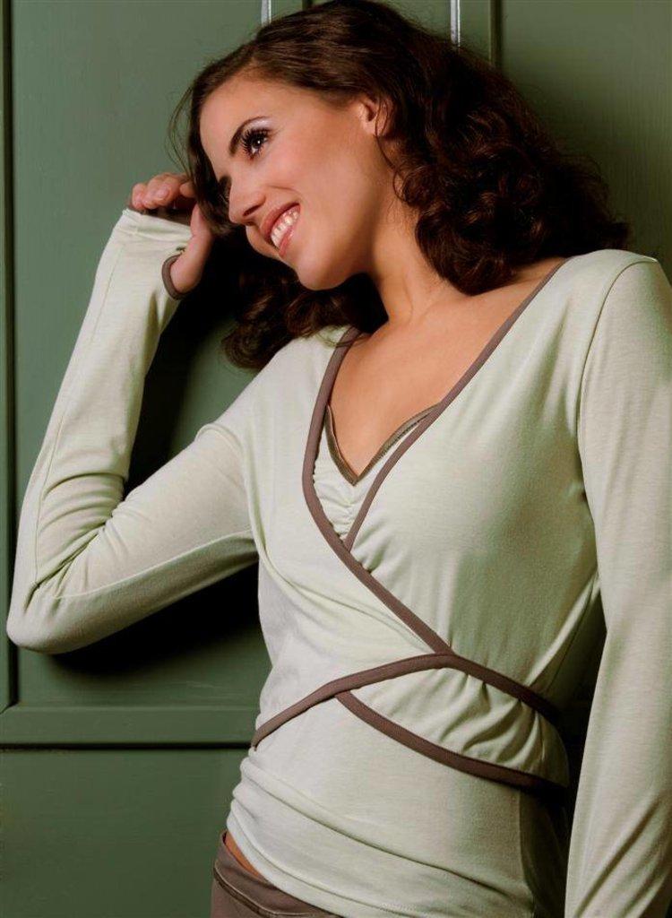 LingaDore LingaDore Inspiration Top, Shirt lange mouw kleur anijsgroen & broek kleur taupe mt XL
