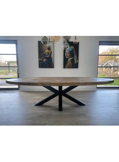 Doinq Ovale tafel oud hout