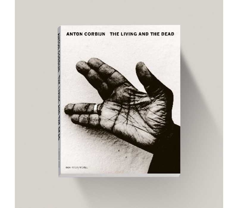 Anton Corbijn - The Living and the Dead