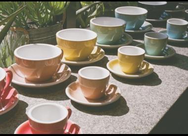 Koffie- en theekopjes