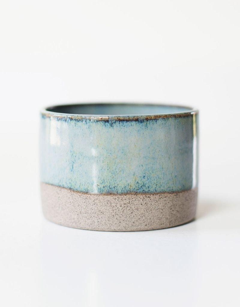 Libelia Keramiek Libelia Keramiek - Mug in grey clay - Iris