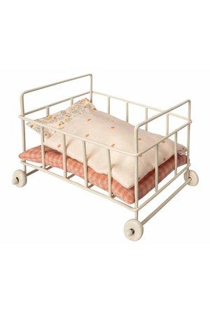 Maileg Micro metal baby cot