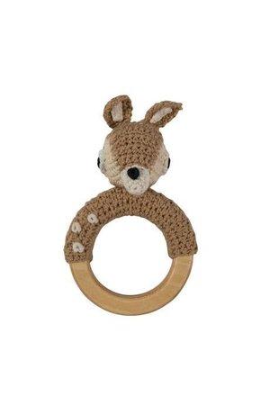 Sebra Crochet rattle, deer op ring, light brown