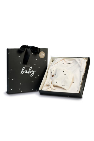 Kidwild Collective Layette gift set- star