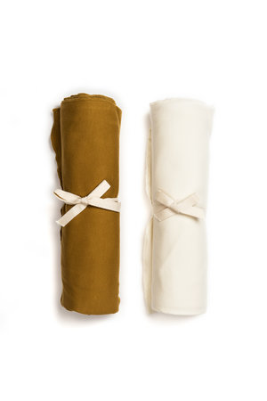 Kidwild Collective Organic swaddle blanket set- curry & vanilla