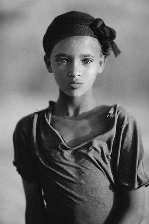 Serge Anton - Young ethiopian girl