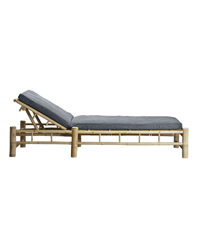 Bamboo sunbed with phantom mattress