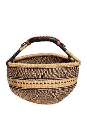 Bolga basket with leather handles - pattern