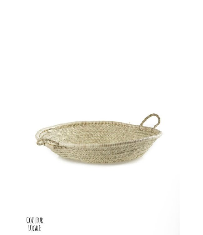 Flat woven basket with handles