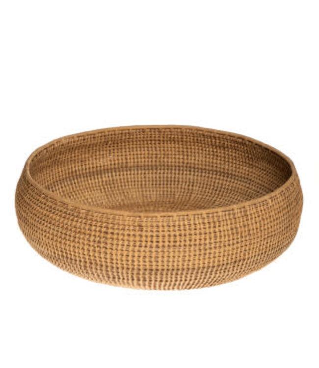 Iraca palm basket