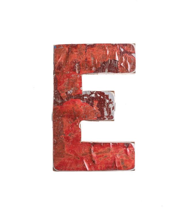 Houten bootletter E