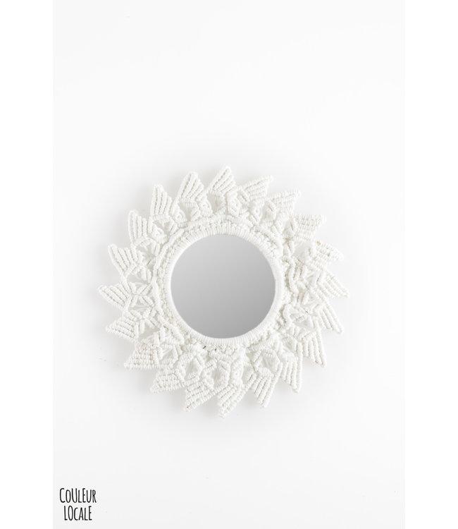 Mirror crochet