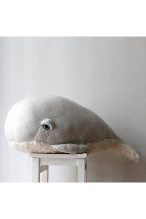 XXL albino bubble whale