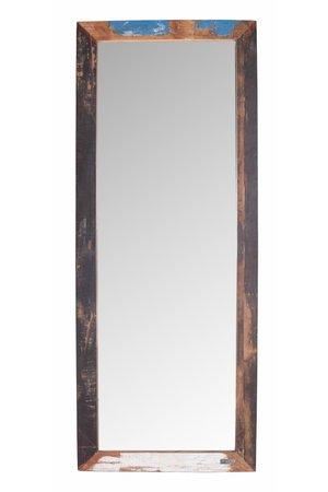 Spiegel scrapwood