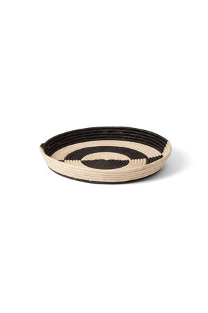 Mwezi black  & natural raffia tray