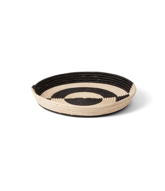 Mwezi black  & natural raffia schaal