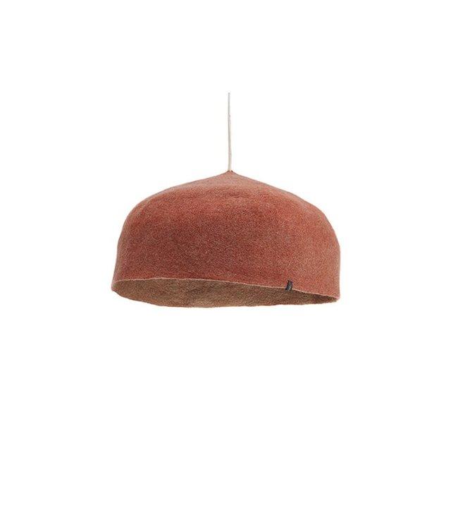Muskhane Felt hanging lamp - coral