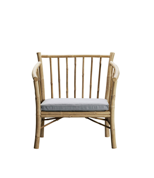 Lounge chair in bamboo with grey mattress
