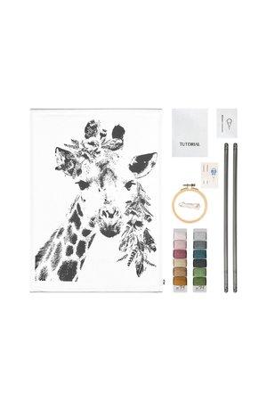 Numero 74 Crazy animal borduur kit - giraf