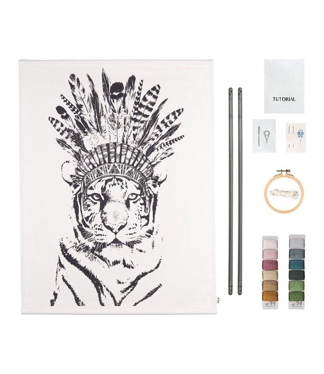 Numero 74 Crazy animal embroidery kit - tiger