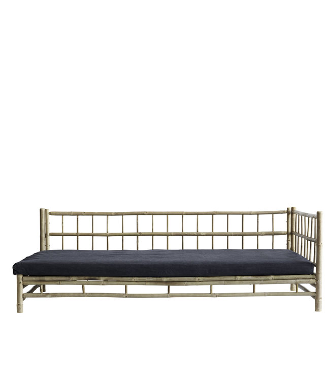 Bamboe lounge bed met donkergrijze matras, links