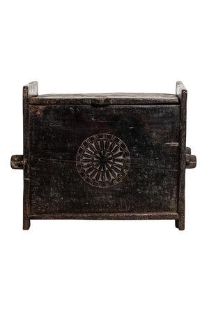 Antieke  gesculpteerde koffer Nepal- zwart