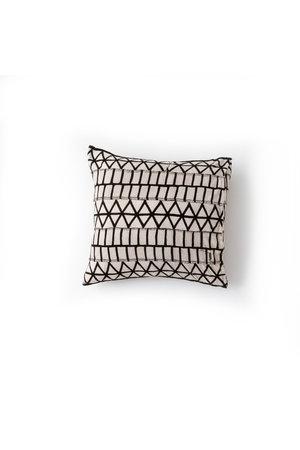 AAAA Cushion 'Structure' - Mali