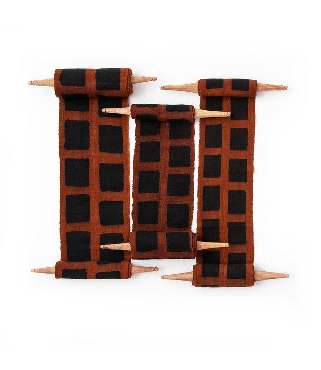 Bogolan totem - process - brown/black
