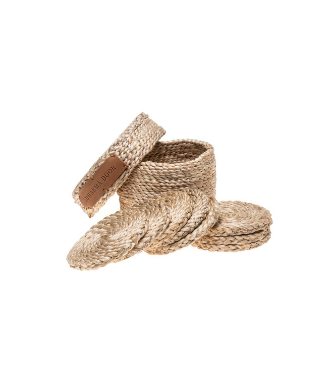 Round natural jute coasters x 8 ( in lidded basket)