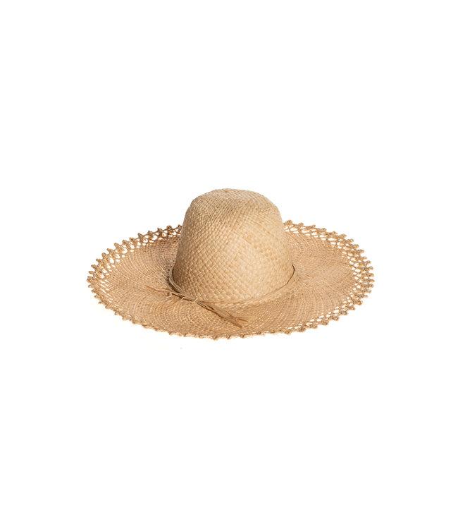 Raphia hat with decorative border