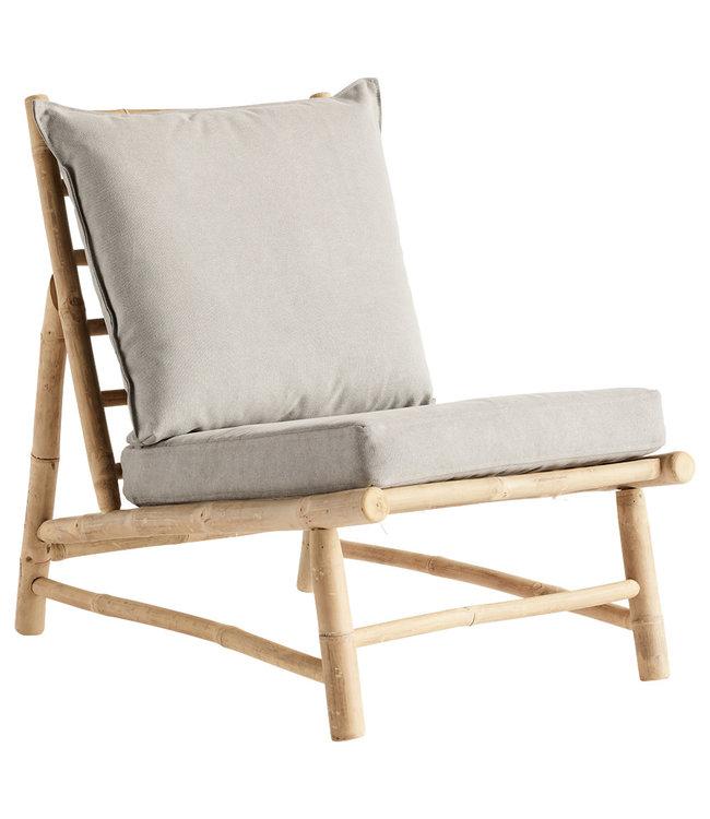 Bamboe stoel met grijze kussens