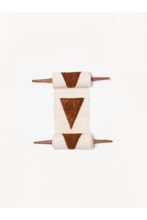 AAAA Bogolan totem - purpose - white/brown