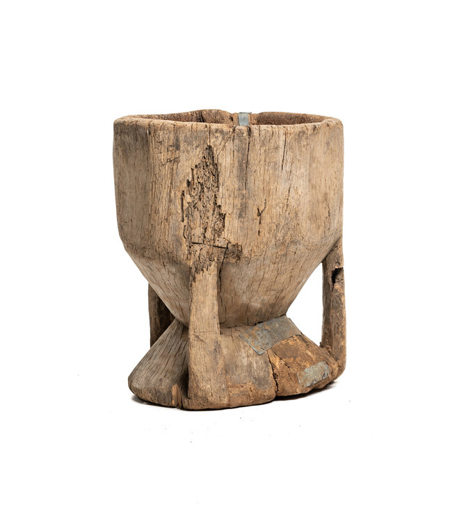 Old wooden mortar Peul #4